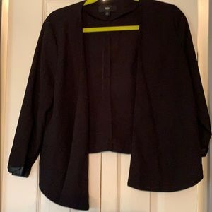 Cute black open blazer